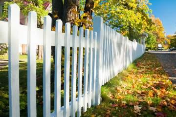Pose de clôtures pour votre espace vert à Taillant